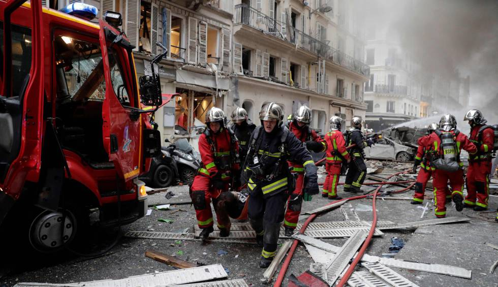Image result for Recuperan cuarta víctima de explosión en panadería de paris