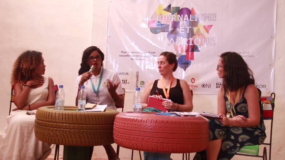 Lucía Mbomío, Aisha Dabo, Marta Moreiras y Laura Feal, durante el encuentro en Gandiol.