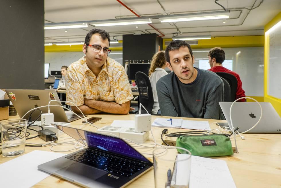 Amir Bakhtiari y Guillermo Izquierdo, responsables de operaciones en Glovo.
