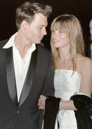 Johnny Depp e Kate Moss, em 1995.