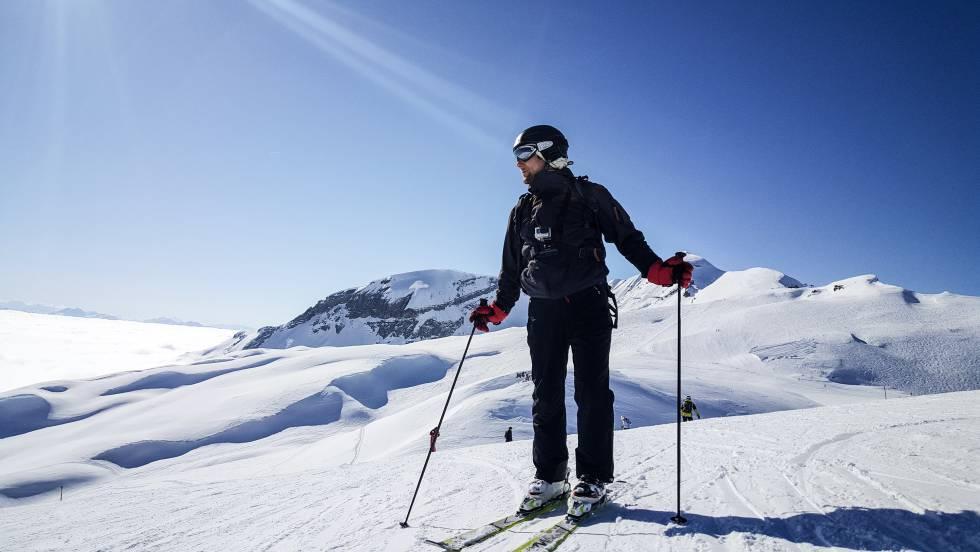 4776c6919b3 Rebajas 2019: las mejores ofertas en ropa, botas y otros artículos para  esquiar y hacer 'snowboard'