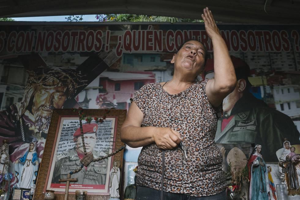 Elisabeth Torres, guardiana de la capilla Santo Hugo Chávez.