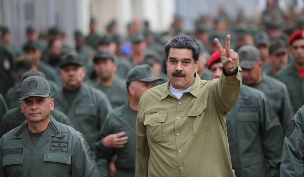 Nicolás Madura, el miércoles en un encuentro con militares en Caracas.