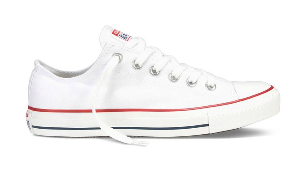 Las zapatillas blancas no pasan de moda: modelos a buen