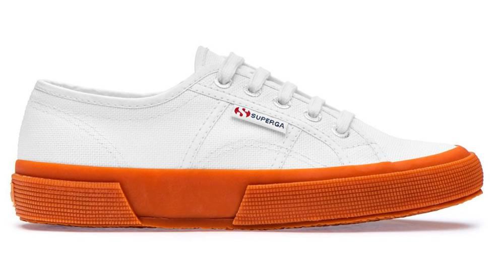 4d97a707c51 Las zapatillas blancas no pasan de moda: modelos a buen precio para ...