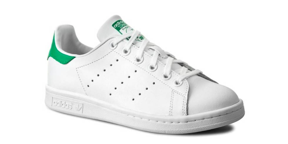 fc828d2ec Las zapatillas blancas no pasan de moda  modelos a buen precio para esta  primavera