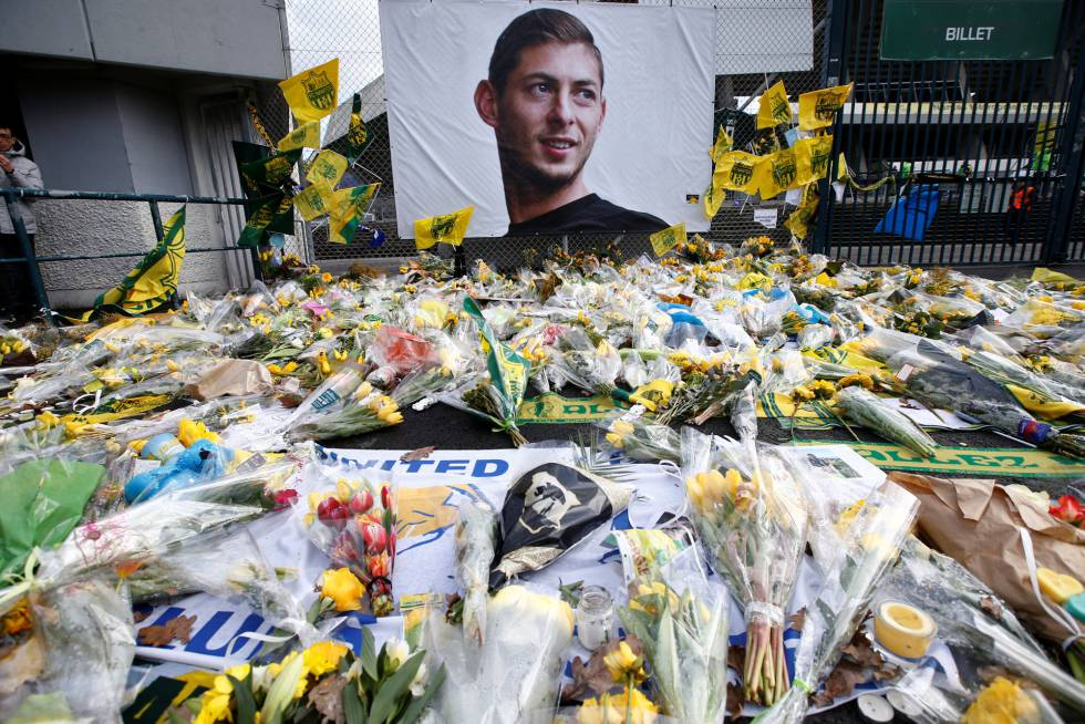 Emiliano Sala: Spanish former pilot of plane in which soccer