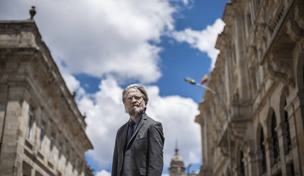 Retrato de Antanas Mockus, exalcalde de Bogotá.