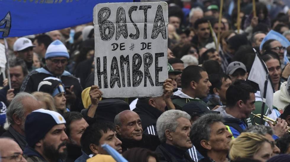 Los argentinos que vuelven a comer solo una vez al día | Planeta ...