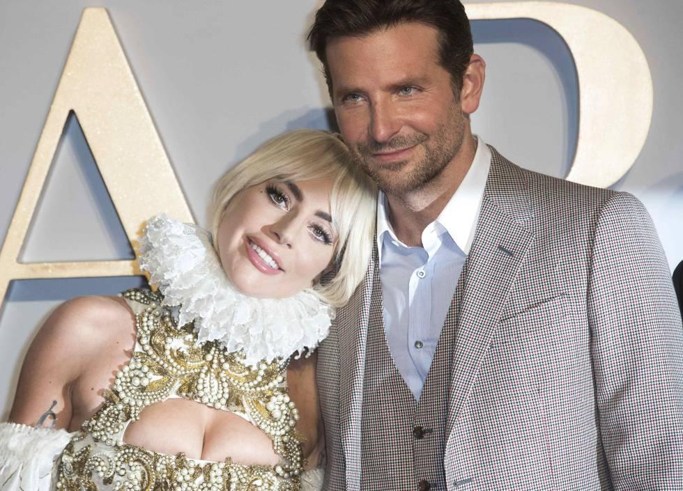 Lady Gaga e Bradley Cooper, nomeados ao Oscar por 'Nasce uma estrela', na estreia do filme em Londres em setembro.