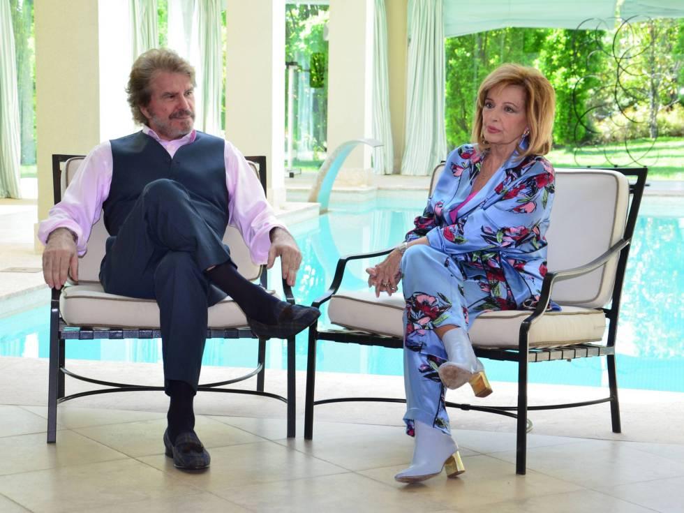 María Teresa Campos y Edmundo Arrocet en su antigua casa.