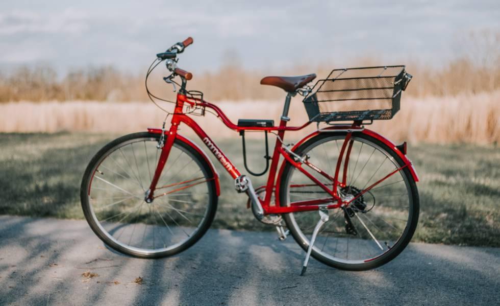 54a291feb Herramientas, luces y otros 13 accesorios básicos para salir en bicicleta