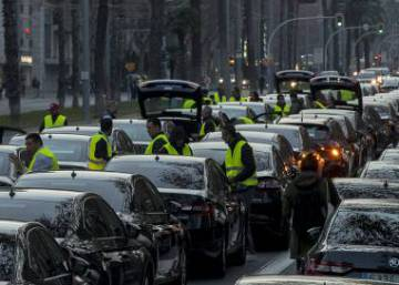 Cabify and Uber in Spain: Cabify returns to Barcelona using loophole
