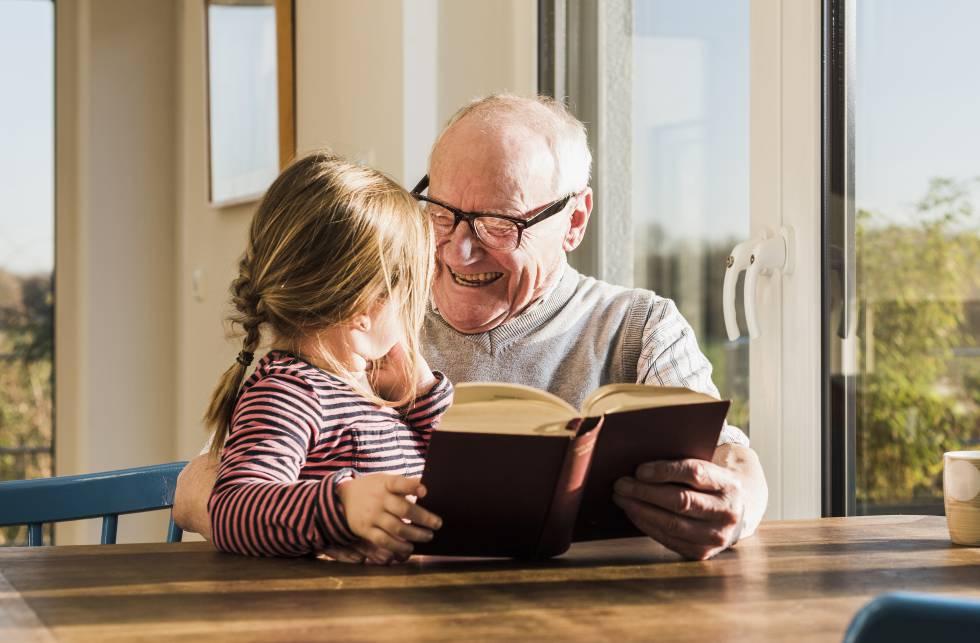 Fortalecer El Vínculo Entre Abuelos Y Nietos A Través De Los Cuentos Blog Sesenta Y Tantos El País