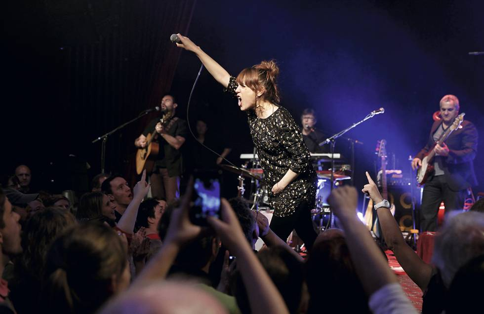Zaz, en un concierto en Colonia en 2013.