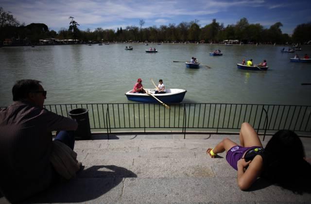 huge discount b7ac6 d575b El Retiro park in Madrid.