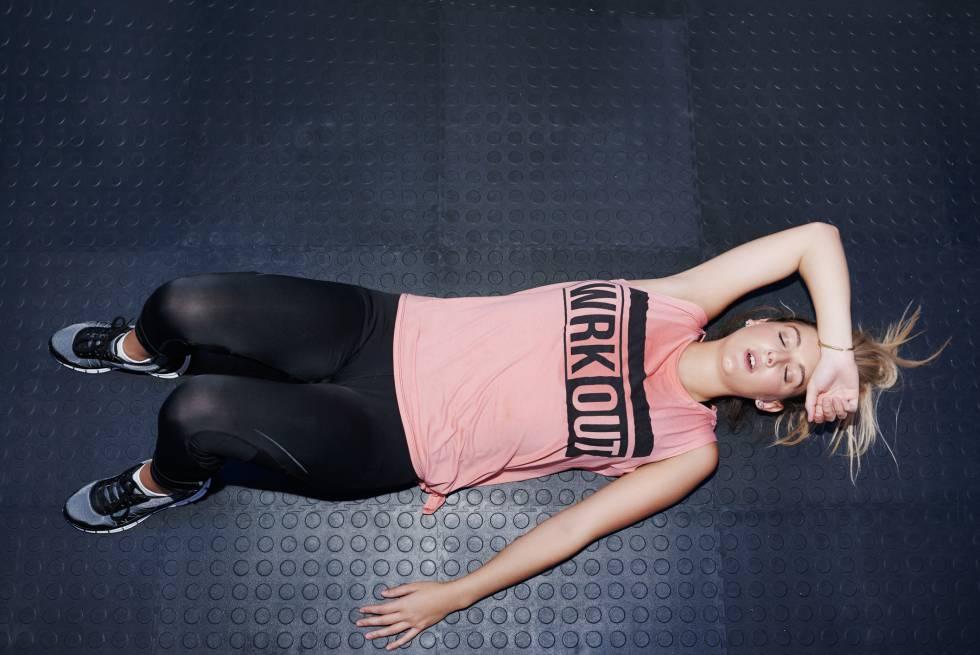 Rutina para bajar de peso en un mes en el gym