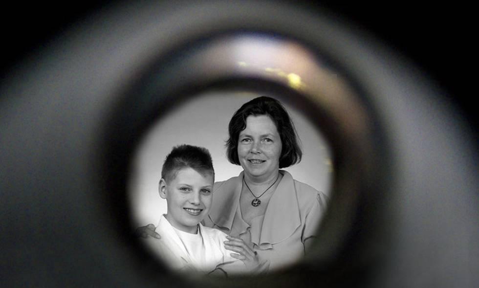 La maestra Eha Kern y el pequeño Roland Tiensuu, en la entrega del prestigioso Goldman Environmental Prize de 1991.