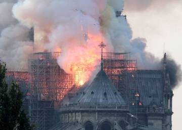Una catástrofe impacta en un símbolo de la cultura de Europa