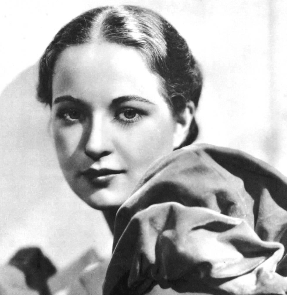 Evelyn Venable, que afirmó haber sido la modelo del logo de Columbia Pictures en 1939, en una imagen publicitaria tomada en Londres en 1935.