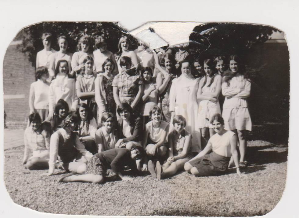 Anita Suuroverste, la segunda por la derecha, estuvo internada en el convento de Zoeterwoude, en el municipio de Leiderdorp, al oeste de Holanda.