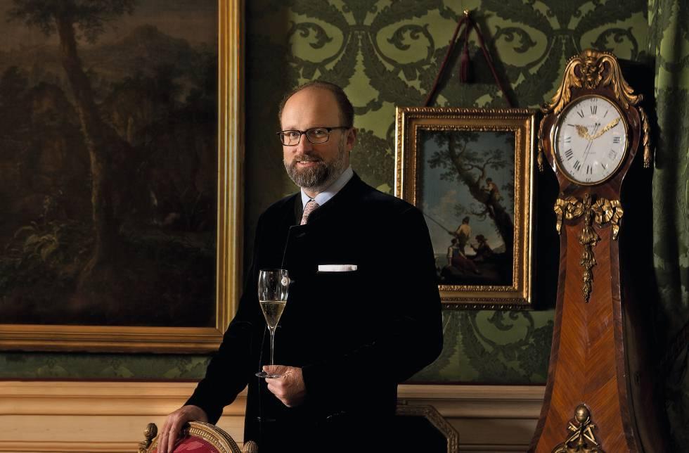 El príncipe, descendiente de los soberanos de Luxemburgo y del millonario estadounidense Clarence Dillon, y propietario de Haut-Brion, la marca de lujo más antigua del mundo.