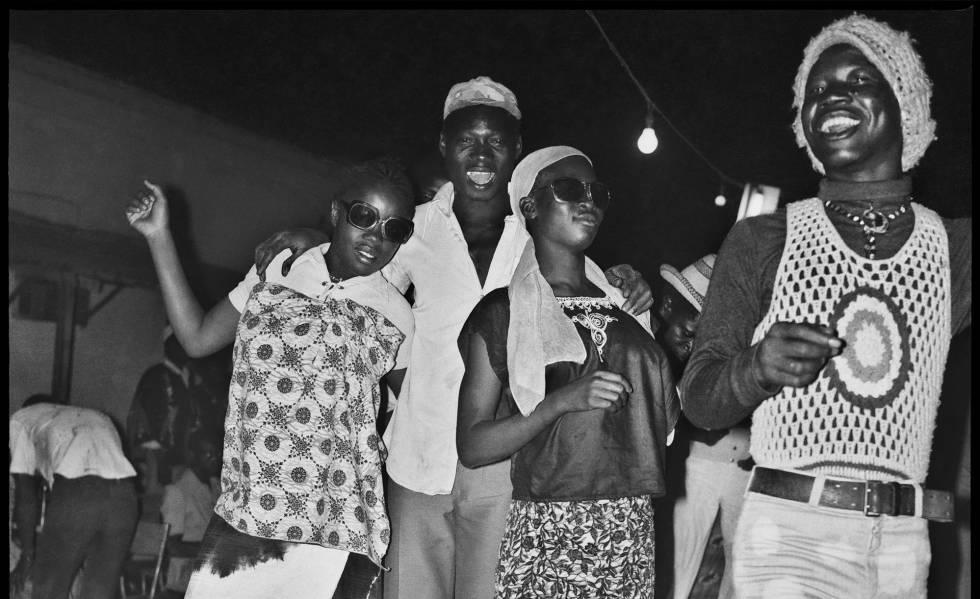 A noite foi jovem em algum lugar da África