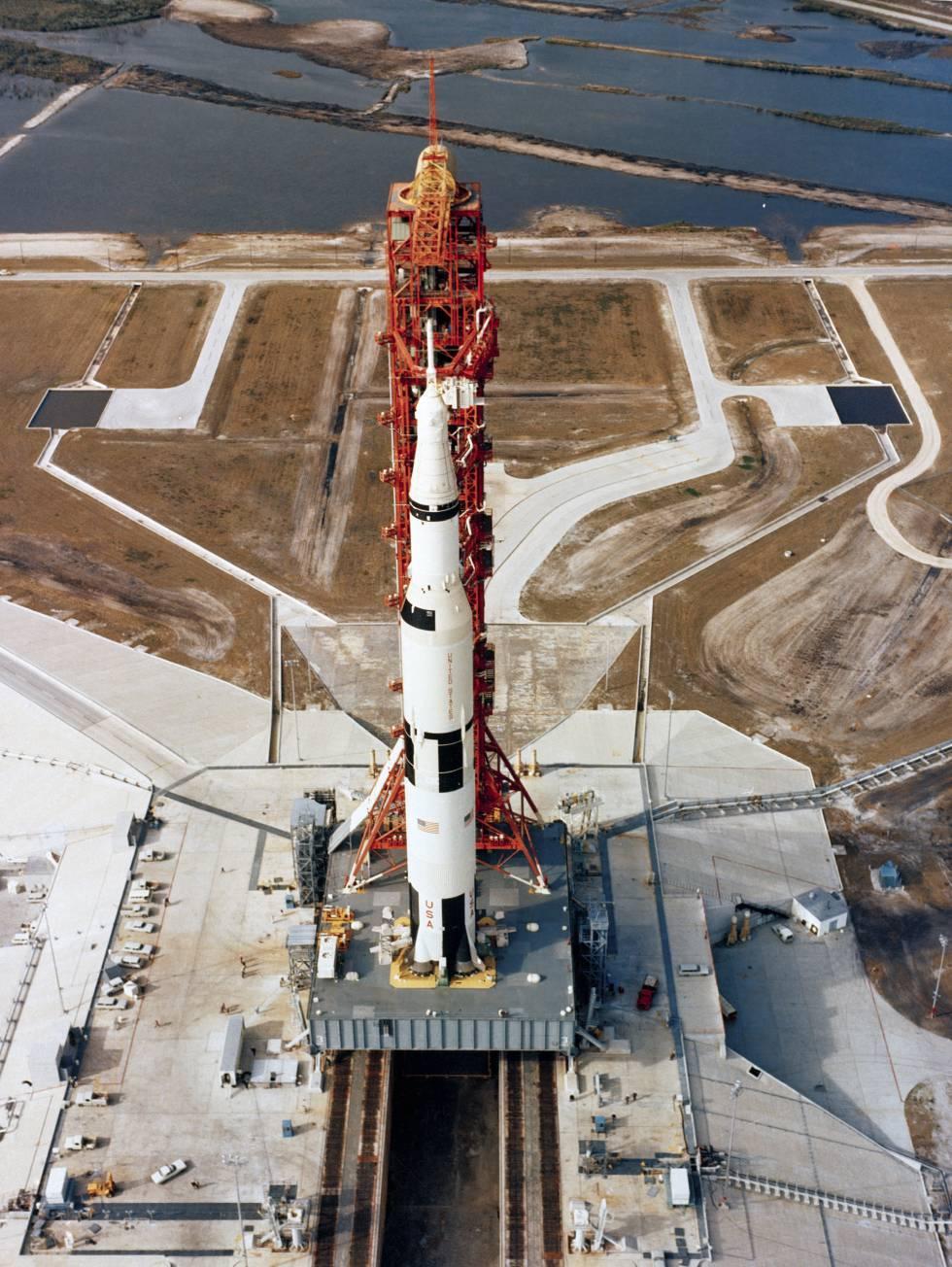 Vista aérea del Apolo 10 antes del lanzamiento.