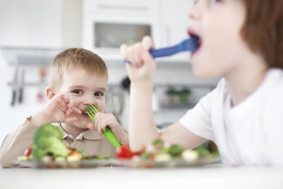 Así Conseguirás Que Tu Hijo Coma Alimentos Saludables Mamás Y