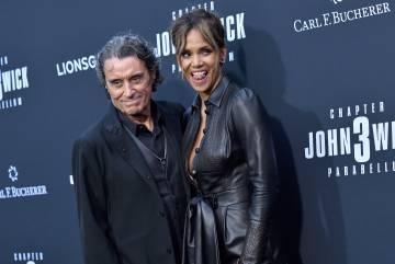Ian McShane e Halle Berry na quarta-feira, na apresentação em Hollywood do filme 'John Wick 3: Parabellum'. McShane, protagonista da série da HBO 'Deadwood', criticou 'Game of Thrones' (também da HBO) e irritou fãs da série que agora chega ao fim.