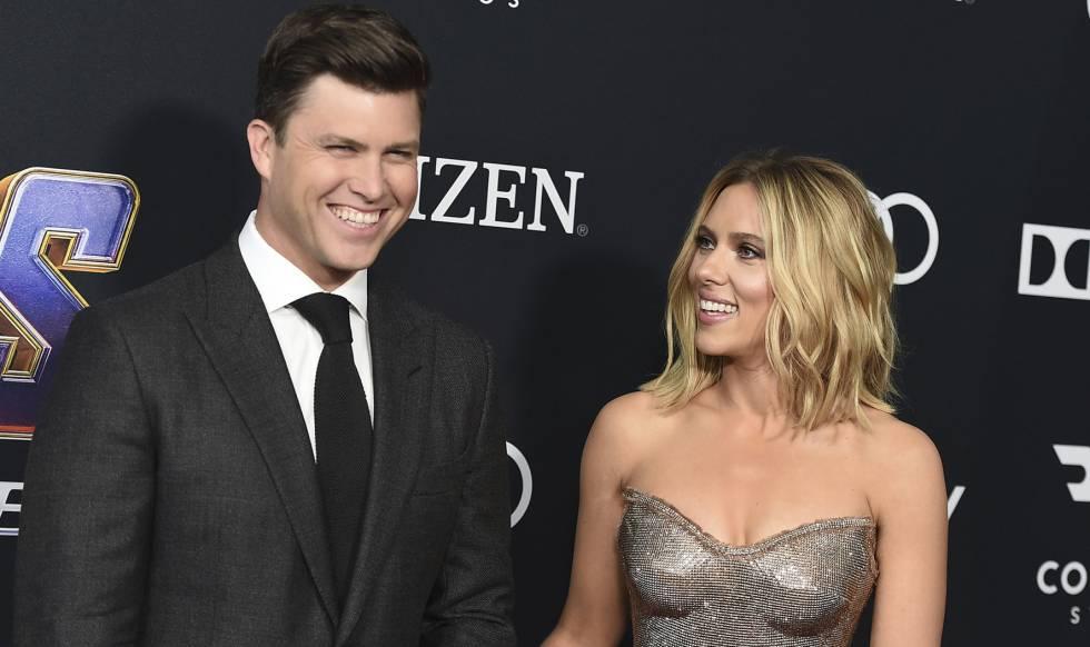 Colin Jost y Scarlett Johansson, en el estreno de 'Vengadores: Endgame' en Los Ángeles, el 19 de mayo.
