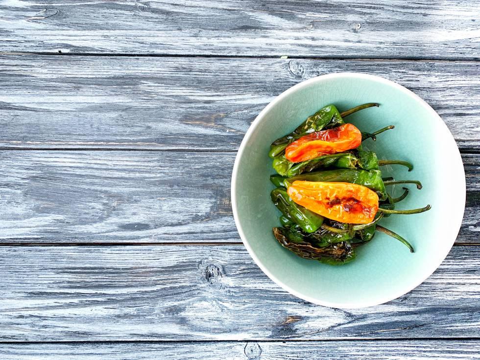 Treinta alimentos con casi cero calorías (y no todos son frutas y verduras)