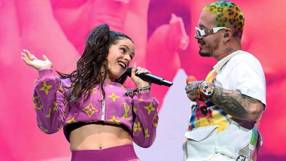 J Balvin y Rosalía cantan 'Con altura' en Coachella 2019.
