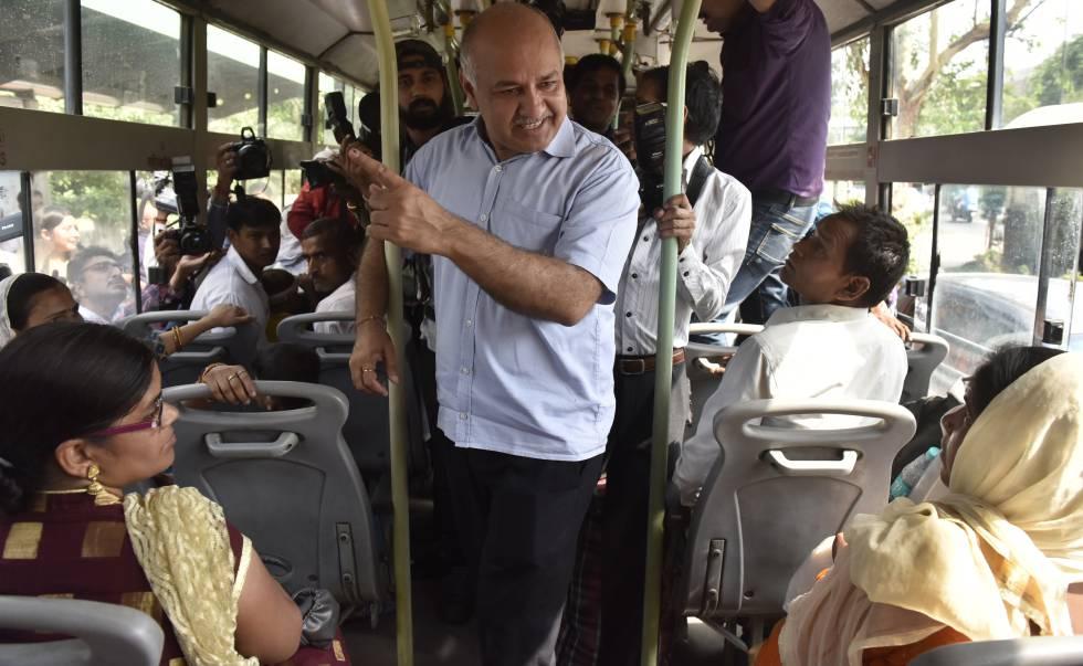 Delhi Promete Transporte Público Gratis Para Las Mujeres
