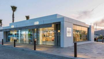 657b3708214 El Muestrario: de la tienda efímera de Dior en Ibiza al maquillaje ...