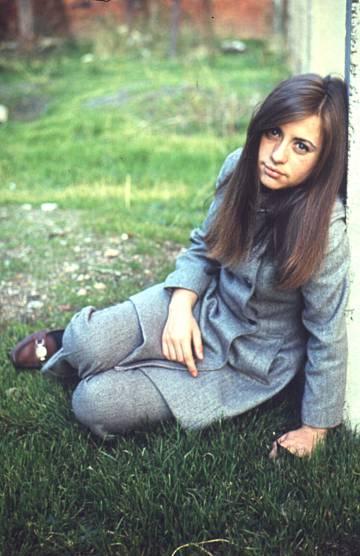 Mari Trini cantó el himno feminista 'Yo no soy esa' en 1971.