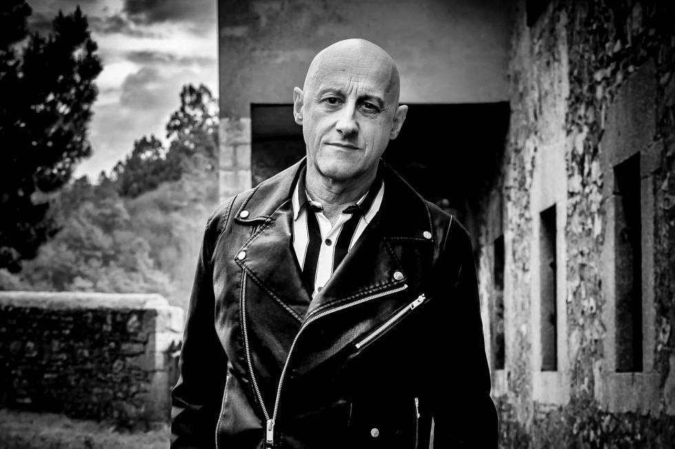 Jorge Martínez, jefe de Ilegales: provocador, poeta de la cruda realidad y visionario.