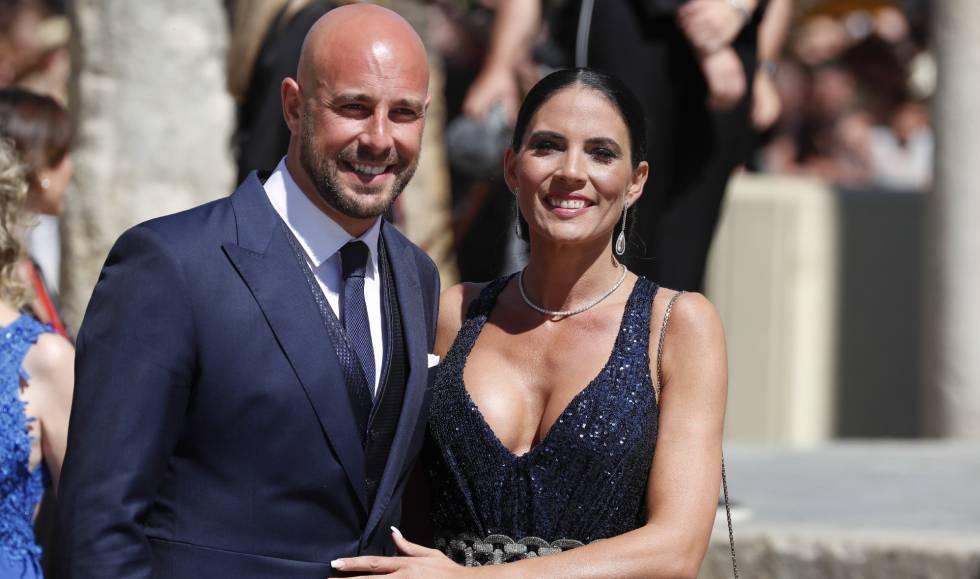 Pepe Reina y su esposa Yolanda Ruiz.