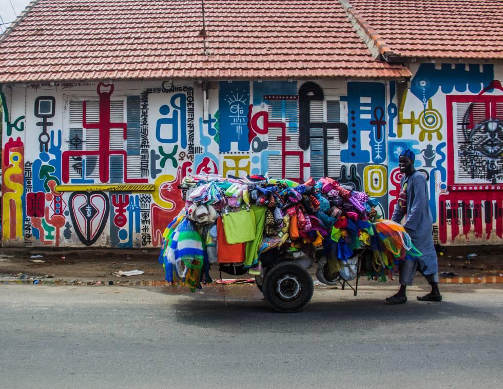 Vendedor ambulante,Medina, Dakar.