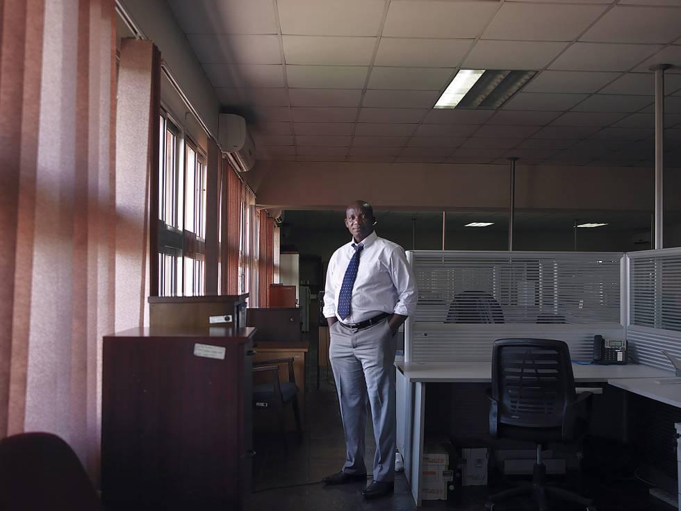 Seth O. Gor, economista keniano, empleado de la unión aduanera COMESA.