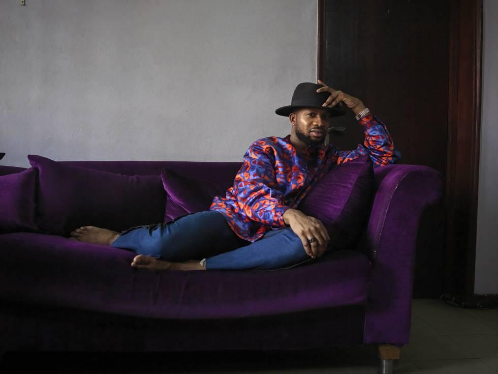 Adebayo Oke-Lawal, diseñador de moda de Lagos.