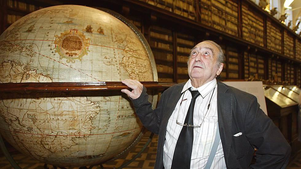 Rafeael Sánchez Ferlosio en la Biblioteca Casanatense de Roma en 2005.