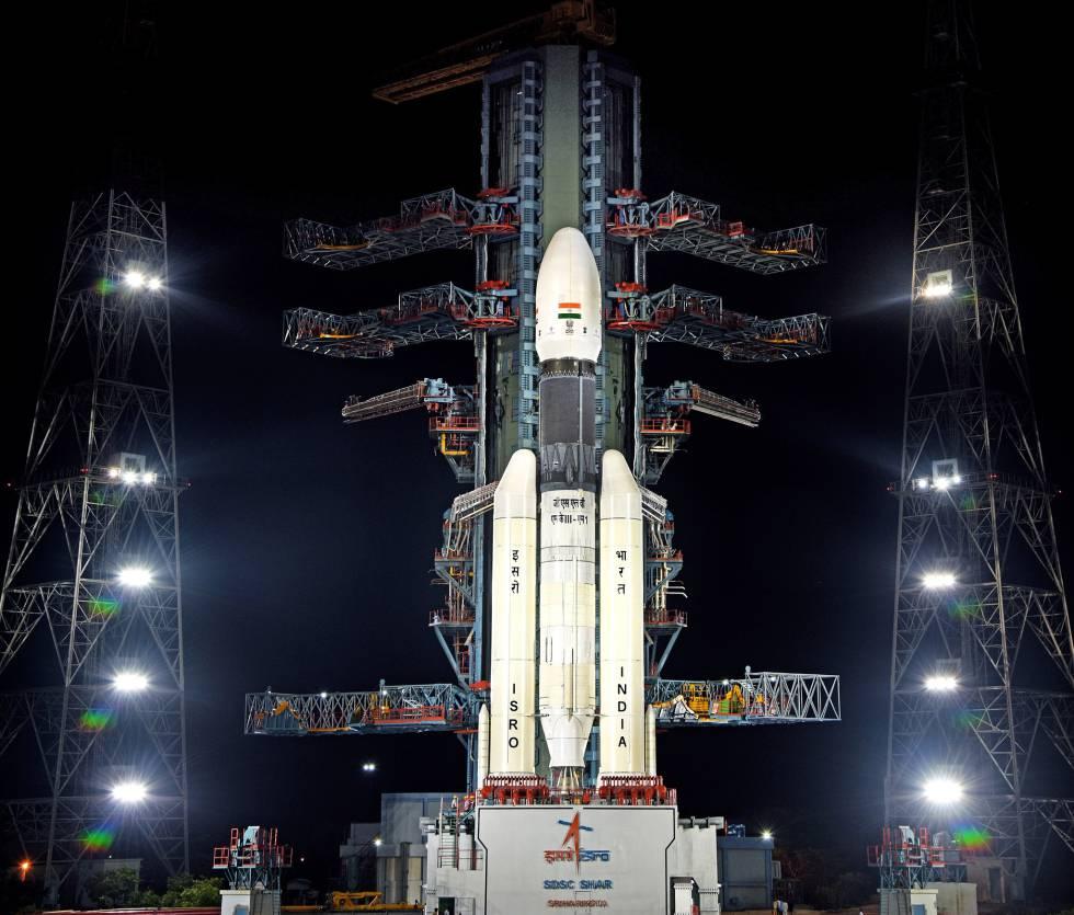 El cohete indio GSLV MkIII-M1 1que llevará a la Luna la misión Chandrayaan 2