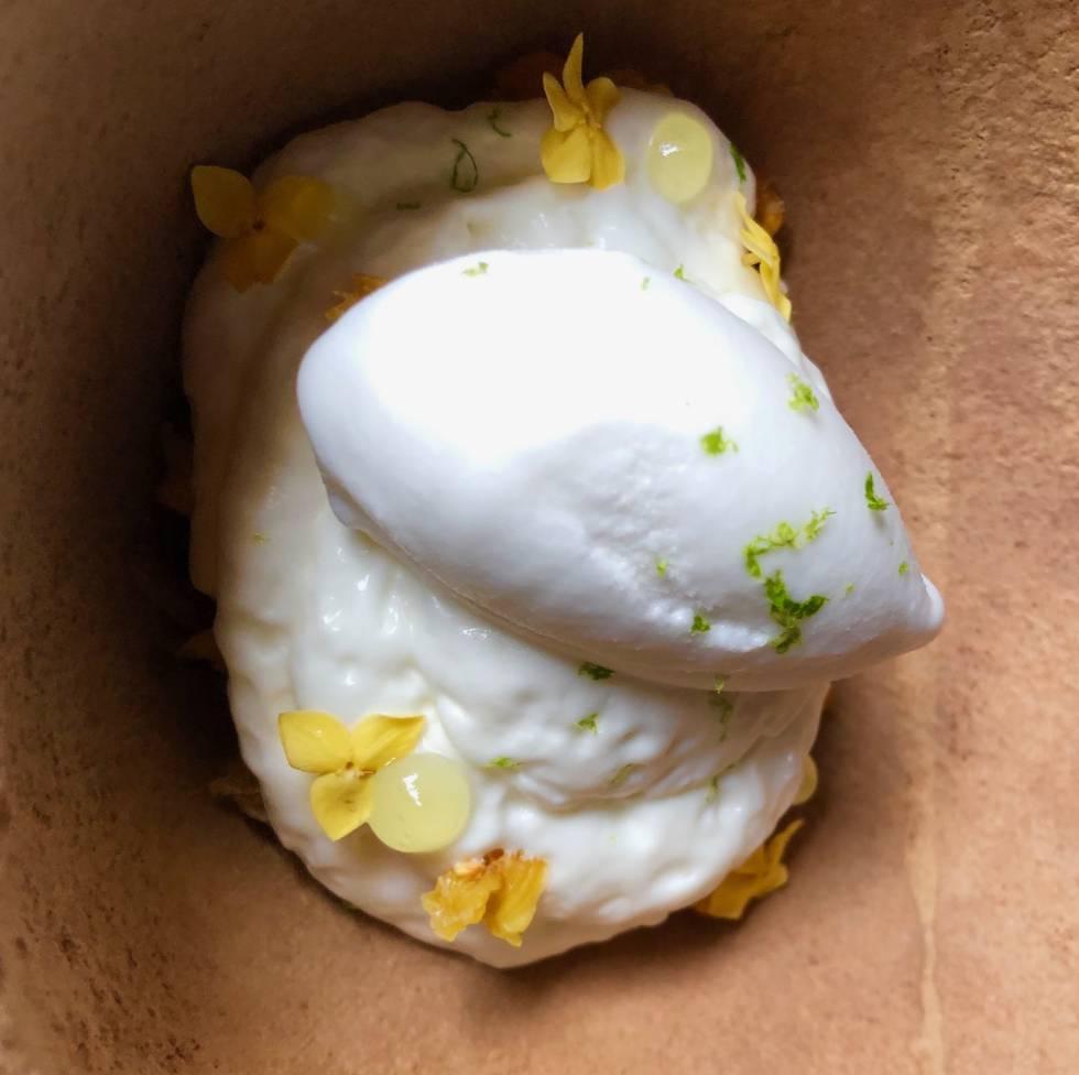 Mingui, granola costeña y sorbete de limonada de coco Capel