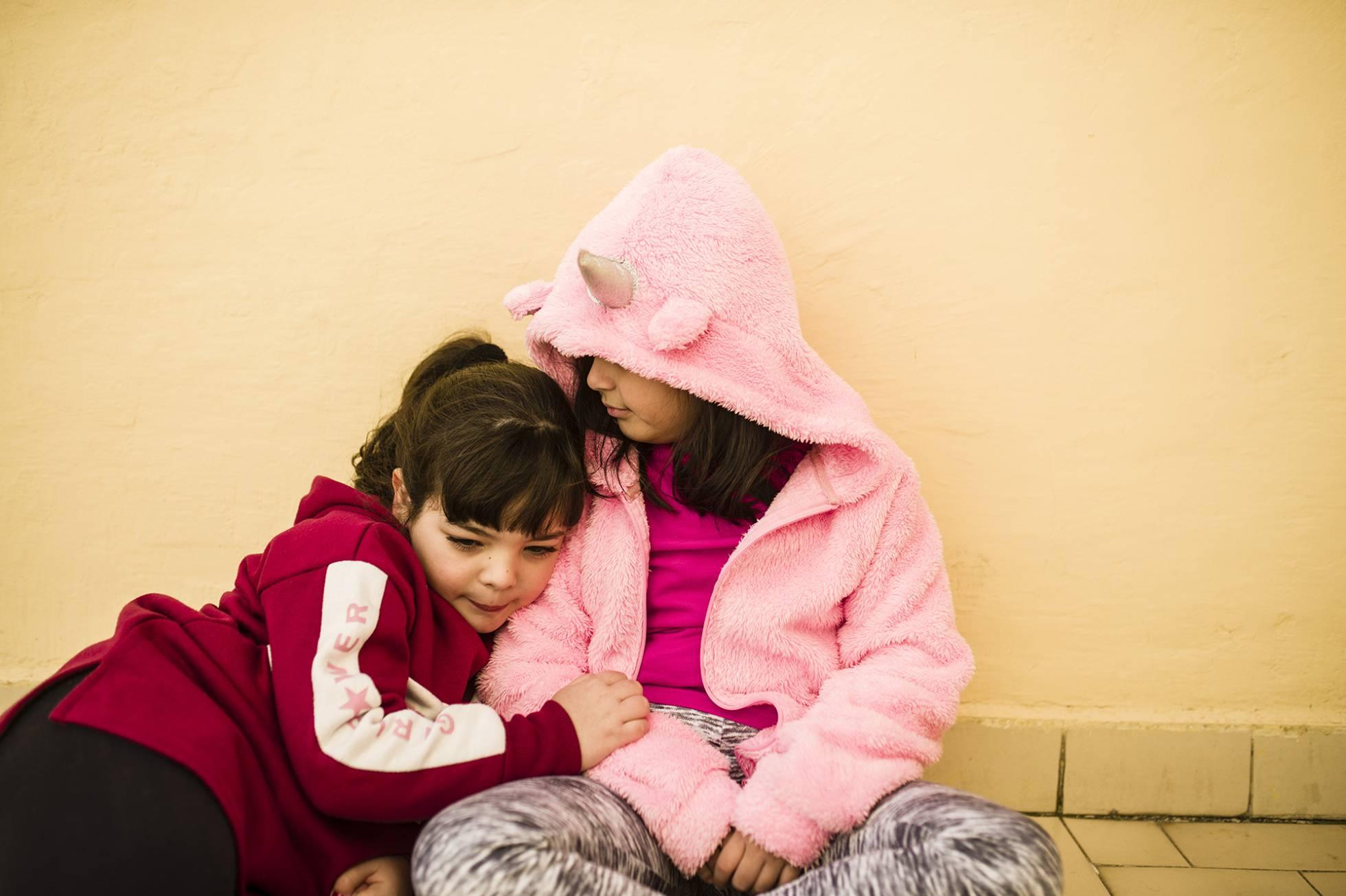 Cora y su amiga Shannon. GABO CARUSO