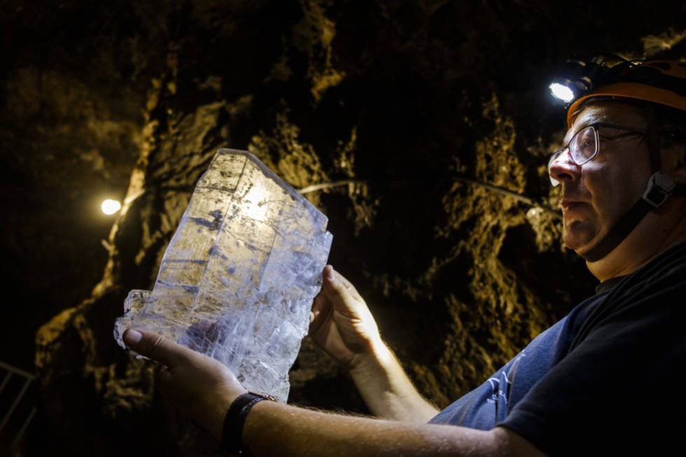 Natural wonders: The world's biggest accessible geode opens in