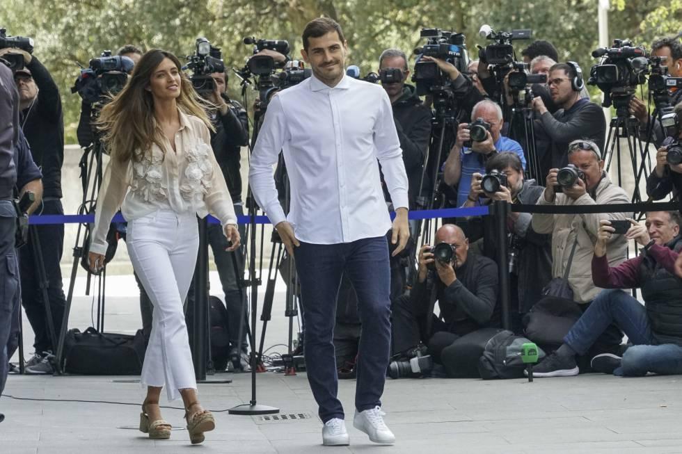 Sara Carbonero e Iker Casillas, el día que le dieron el alta al portero.