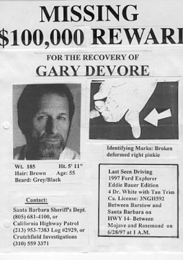 Cartel de búsqueda de Gary DeVore, con una recompensa ofrecida por su esposa, Wendy.