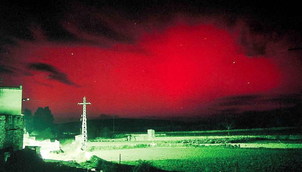 """""""¿Dónde está el fuego?"""": la aurora boreal que aterrorizó a España en plena Guerra Civil"""