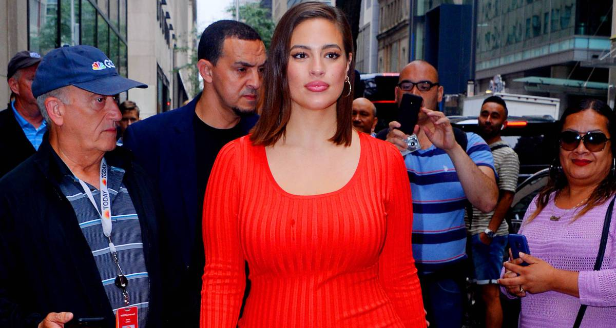 Ashley Graham strips naked and claims changes in her body with pregnancy